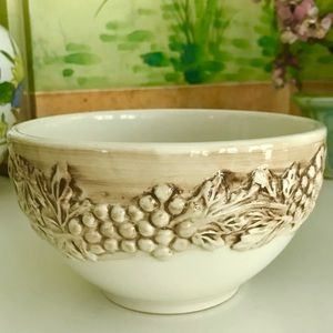 Vintage Euro Ceramica Vineyard Bowl w/Grapes EUC